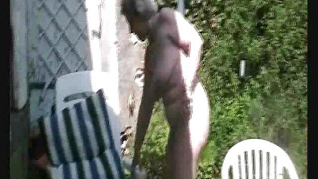 Sexy chocolate babe se masturba anal y coño con xxx completas un consolador