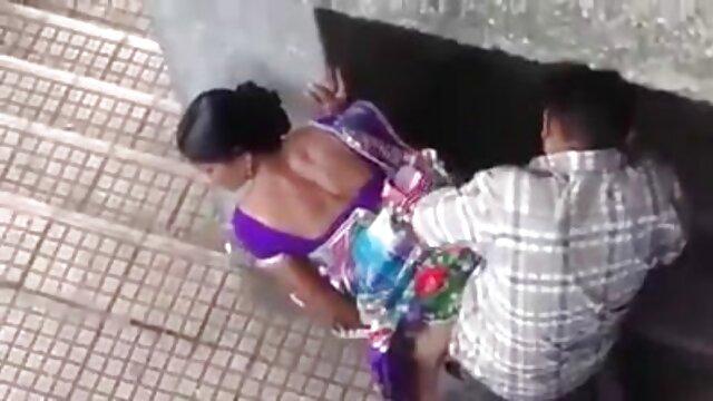 Follando videos caseros en español xxx a mi novia en medias en la boca