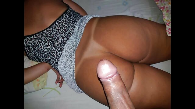 Belleza sexy toma dos pollas blancas y negras en agujeros dr porno gratis videos pornos xxx en español premium húmedos