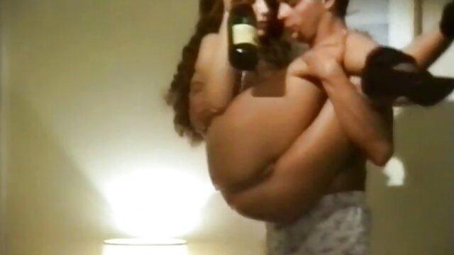 Madura pelirroja mami en medias folla con un joven sexy pormo em español