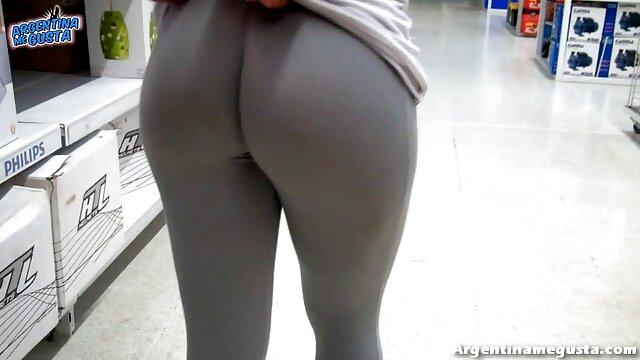 Dos suaves lesbianas sexys obtienen un orgasmo pornl español brillante del sexo