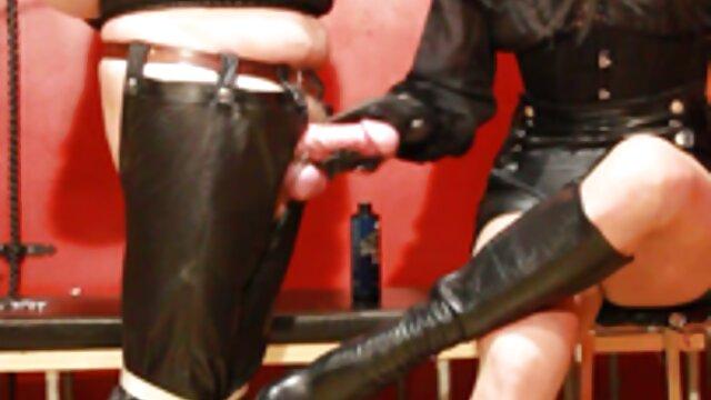 La rubia Alexis Adams juega con un pene y folla durante un peliculas xxx completas hd masaje